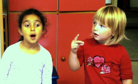 Kinder kommunizieren