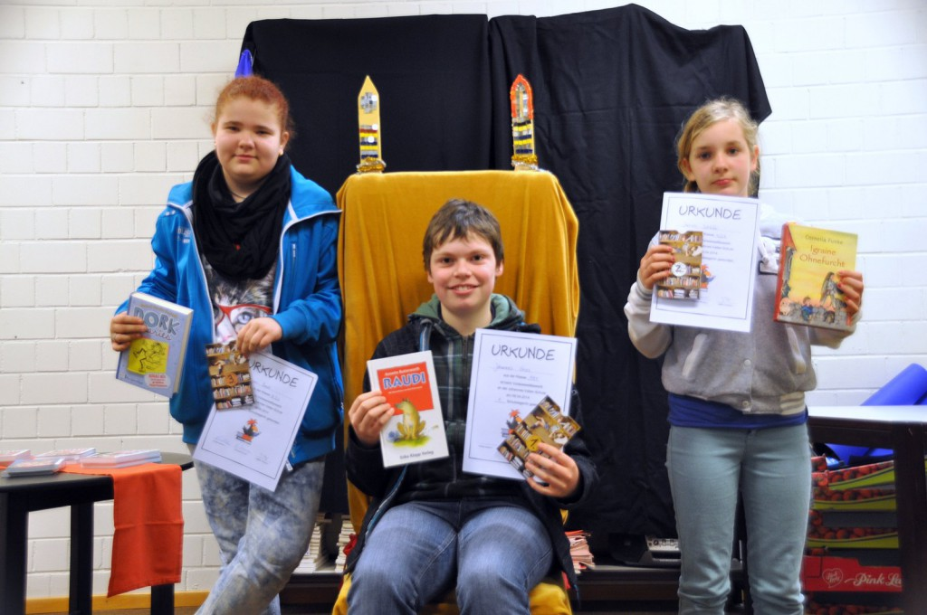 Die Sieger des Vorlesewettbewerbs 2014 der Johannes-Vatter-Schule.