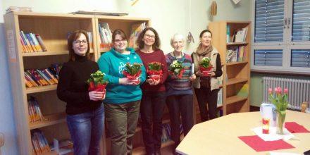 v. l. die Lesementorinnen Gabriele Garte, Sabrina Koch, Inge Mühleis, Antje Kroh und Koordinatorin Marina Cerea