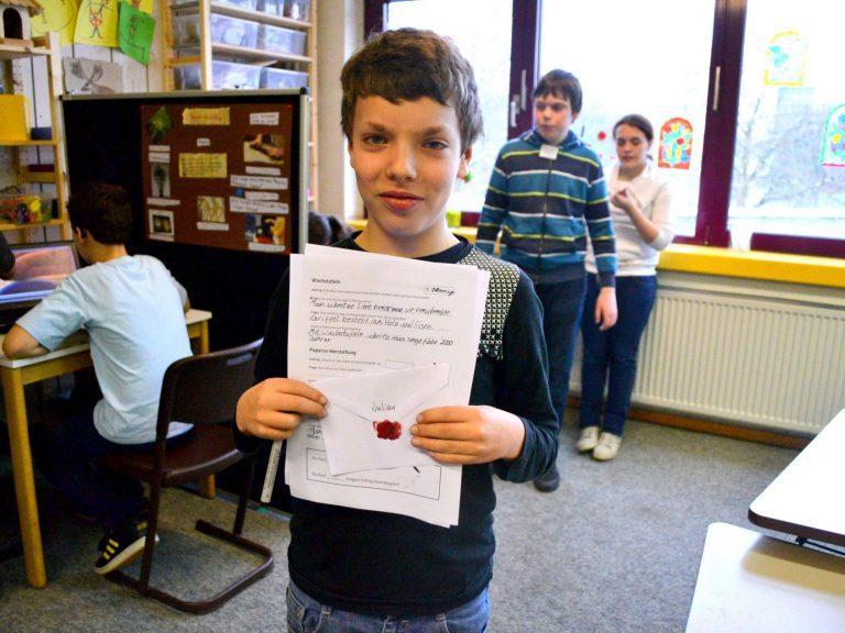 Julian hat das Quiz zur Briefausstellung gelöst.