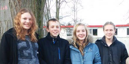 Das Schwimmteam der Johannes-Vatter-Schule v.l.: Lea, Nico, Sarah, Franziska (nicht auf dem Bild: Erva).