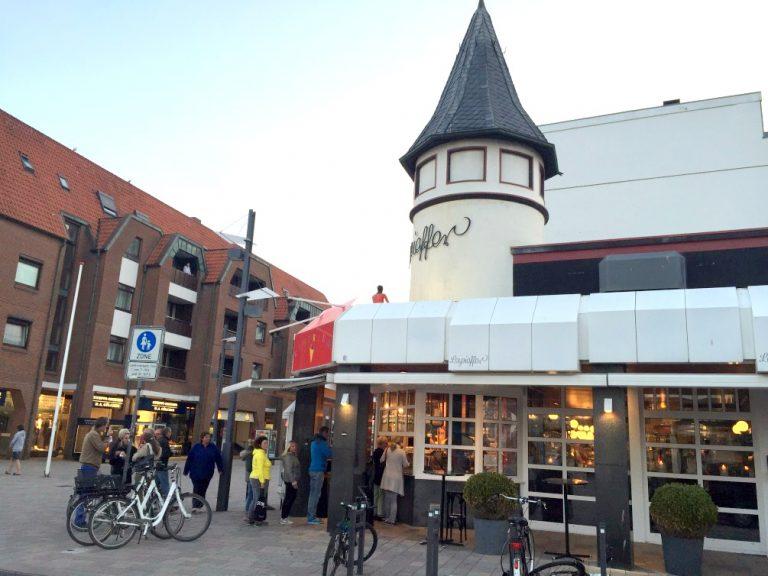 Das ist in Westerland in der Stadt.